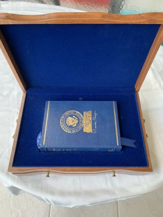 "Ronald Reagan "" Speaking My Mind "" Signed Book,  Audio & Wooden Case.  Rare"