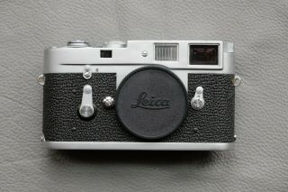 Leica M2 - R (m2 With M4 Rapid Load) Rangefinder Camera - Rare Cla