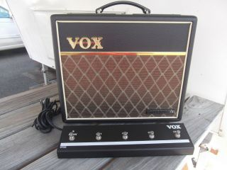 "Vox Vt20 Plus Limited Edition "" Vintage "" 30 - Watt Tube Hybred Combo"