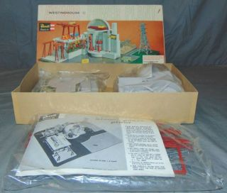 RARE Revell Level The Westinghouse Nuclear Power Station Atomic Plant 1550 - 695 4