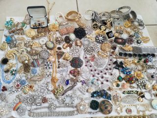 13 Lbs Of Vintage Rhinestone Jewelry For Harvesting Crafts
