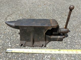 Antique Bench Vise & Anvil Combination Blacksmith Patented 1912 No 380a Forge