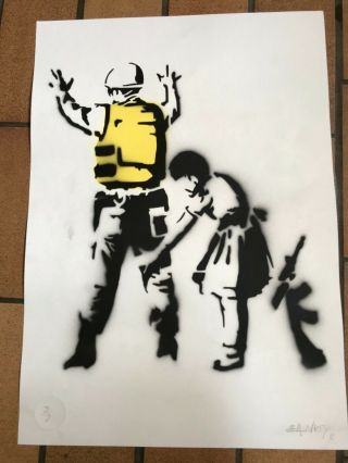 Banksy Spray Art With - Pest Control - Rare Signes