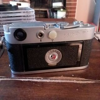 Vintage Leica M3 with strap 5