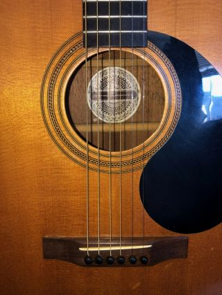 Gurian Workshops Vintage Hand - Crafted Acoustic Guitar. 2