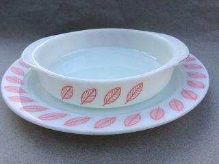 """Vtg Pyrex Extremely Rare Pink Leaf Cake Pan 221 W/ 12 1/4 """" Underplate Leaves"""