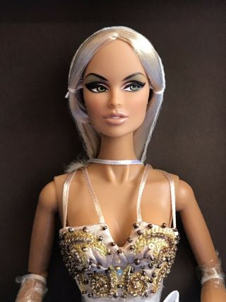"Fashion Royalty "" Glow"" Vanessa Perrin Premium Dressed Doll Nrfb Rare"