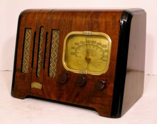 Old Antique Wood Air King Vintage Tube Radio - Restored & Deco Table Top