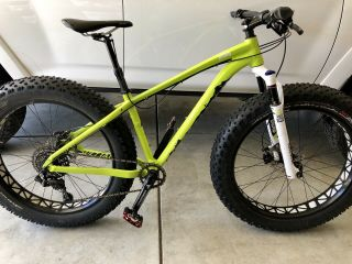 Awesome & Rare Well Maintained Small 2015 Specialized Fatboy Pro