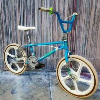 1986 Haro Sport - 100 Og Bmx Freestyle Vintage Retro Survivor