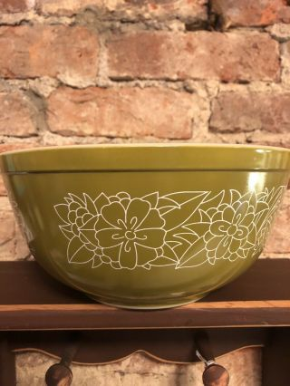 Rare Vintage Pyrex 403 Green Woodland Mixing Bowl