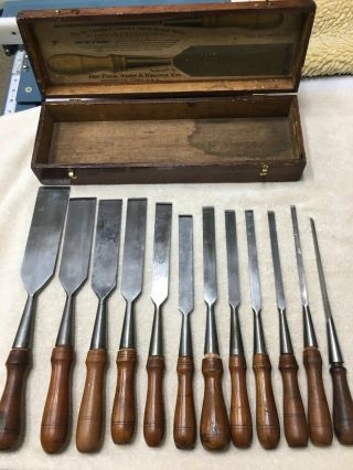 Vintage Ps&w Wood Chisel Set