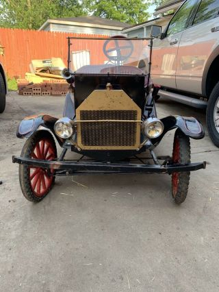 Model T Ford Go Kart Tin Lizzy Vintage.  Pinstripes Start Forward & Reverse - Red