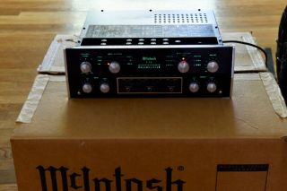 Mcintosh C28 Stereo Preamplifier - Phono Stage - Vintage Audiophile Classic