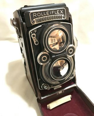 Rollei Rolleiflex Tlr 3.  5f Type 1 With Planar Carl Zeiss Lens Vintage Camera