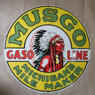 Musgo Gasoline Vintage Porcelain Sign 30 Inches Round