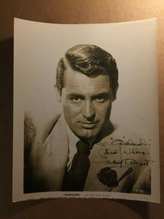 Cary Grant Very Rare Early Vintage Autographed 8/10 From 1941 Suspicion
