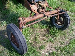 Vintage Ihc Farmall C Tractor - Wide Front Axle / Wheels & Tires - 1952