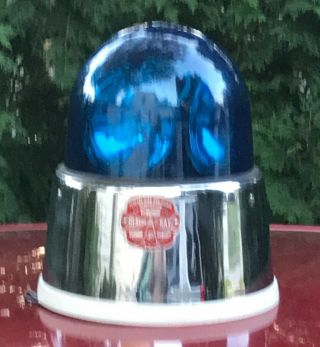 Vintage Federal Signal Model 176 Beacon Ray Light.  See Video