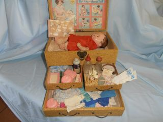 Effanbee Dy Dee Baby Doll W/4 Drawer Case & Many Accessories