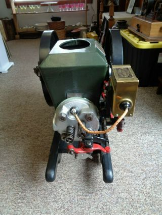 Antique 2 hp Stover MFG & Engine Co.  Freeport ILL USA Hit & Miss Gasoline Engine 3