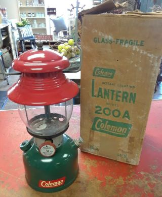 Vintage Coleman Lantern 200a 1951 Christmas Lantern - Red And Green