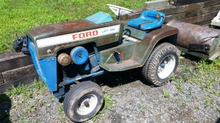 """Vintage Ford Lgt 100 Lawn And Garden Tractor With 42 """" Deck And 42 """" Snow Blower"""