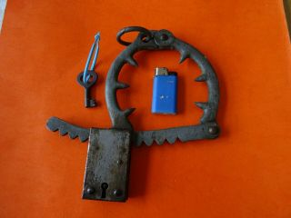 Old Antique Leg Handcuffs Cuffs With Point And Key Lock Padlock Keys Torture