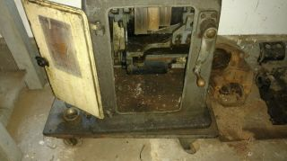 Vintage South Bend Lathe Lathe - From 1930 ' s 5
