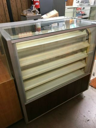 Berg Selector Rotating Display Case - Pick Up Only Dallas Tx - Great Rare