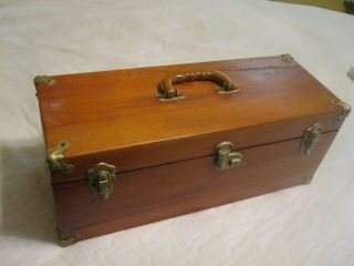 Vintage Hand Crafted Wood Box With 24 Duck & Goose Calls