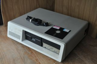 Vintage Historical Ibm 5160 Personal Computer Pc - First Hard Disk Computer
