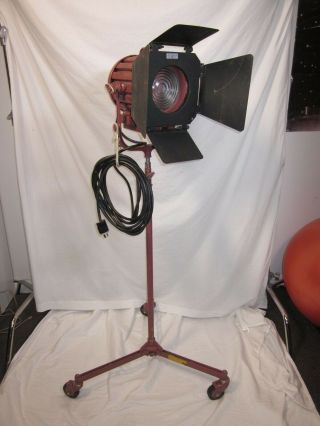 Mole Richardson 407 Baby Solarspot 1k,  Vintage,  With Mr Stand,  Barn Doors,  Bulbs