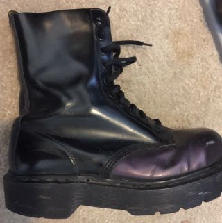 Ultra Rare - Vintage - Made In England: Dr.  Martens - Unisex - Purple & Black
