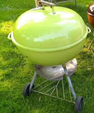 Rare Vintage Weber Kettle Grill Lime Green Barbecue Good Shape