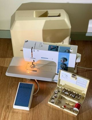 Vintage Bernina Matic 910 Electronic Sewing Machine,  Pedal/case/power/accessories