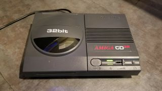 Commodore Amiga Cd32,  Ntsc/usa,  With Box & Gamepad,  Powers On Rare
