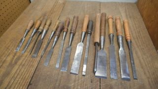 L4156 - Vintage & Antique Wood Chisels - Woodworking Tools