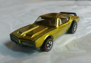 1971 Hot Wheels Redline Spectraflame Yellow Olds 442 W/white Interior